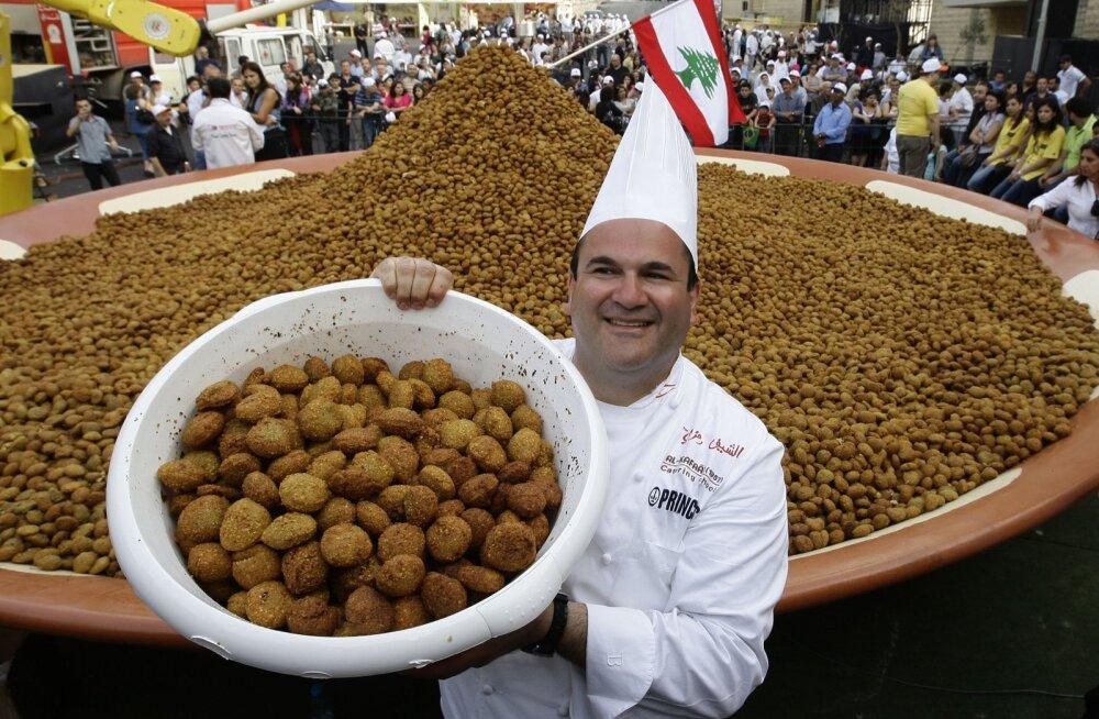 Liibanoni kokk praetud falafel'i pallidega