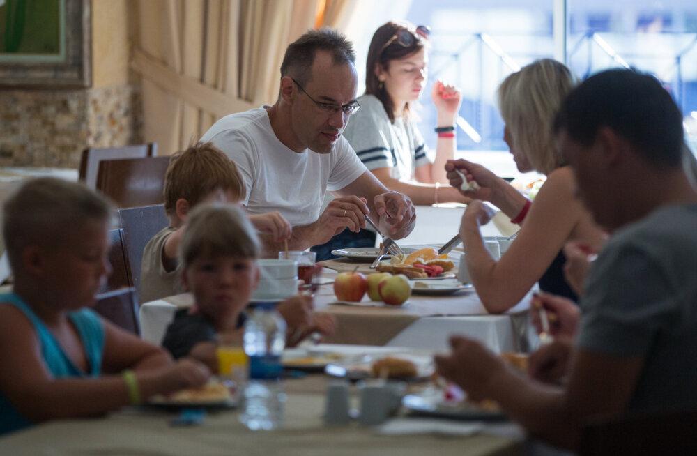 В Турции намерены уменьшить размер тарелок, чтобы заставить туристов меньше есть