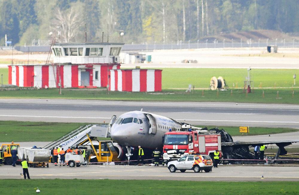 В Тюмени совершил аварийную посадку Sukhoi Superjet 100 с отказавшим двигателем