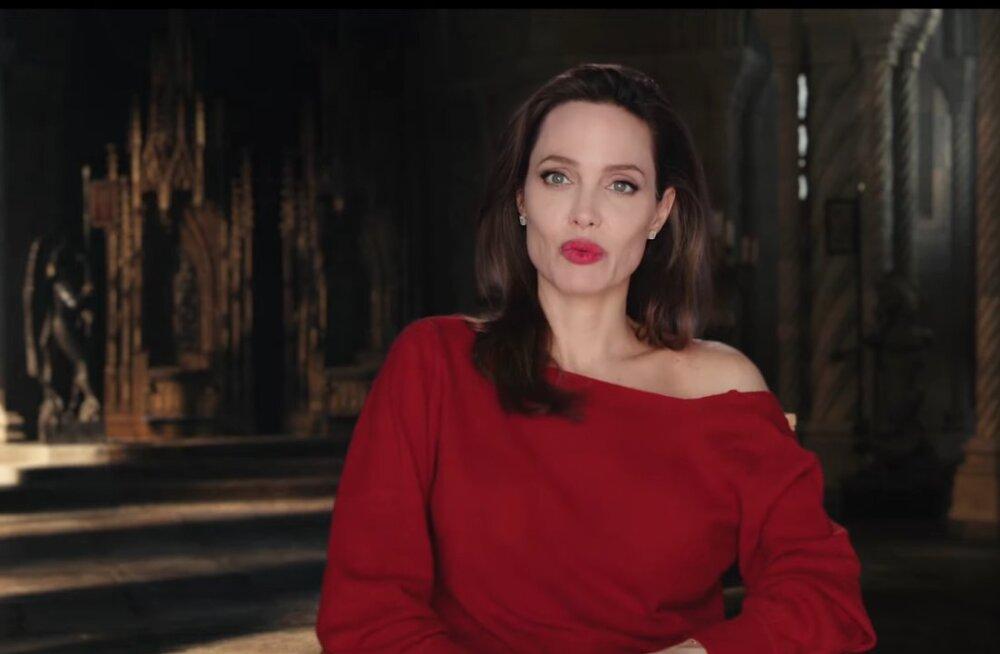 Анджелина Джоли придумала, как отговорить свою дочь менять пол