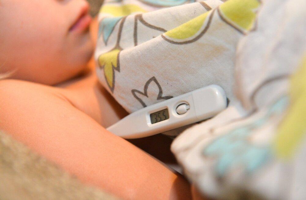 Seaduses ei ole piiritletud aega, kui kaua tohib lapsevanem olla hoolduslehel ehk väikelapse haiguse tõttu töölt puududa.