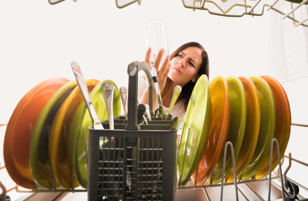 Как почистить посудомоечную машину без специальных растворов
