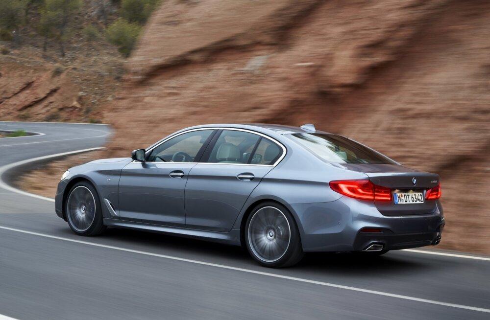 Ajakirja What Car? aasta auto 2017 on 5. seeria BMW