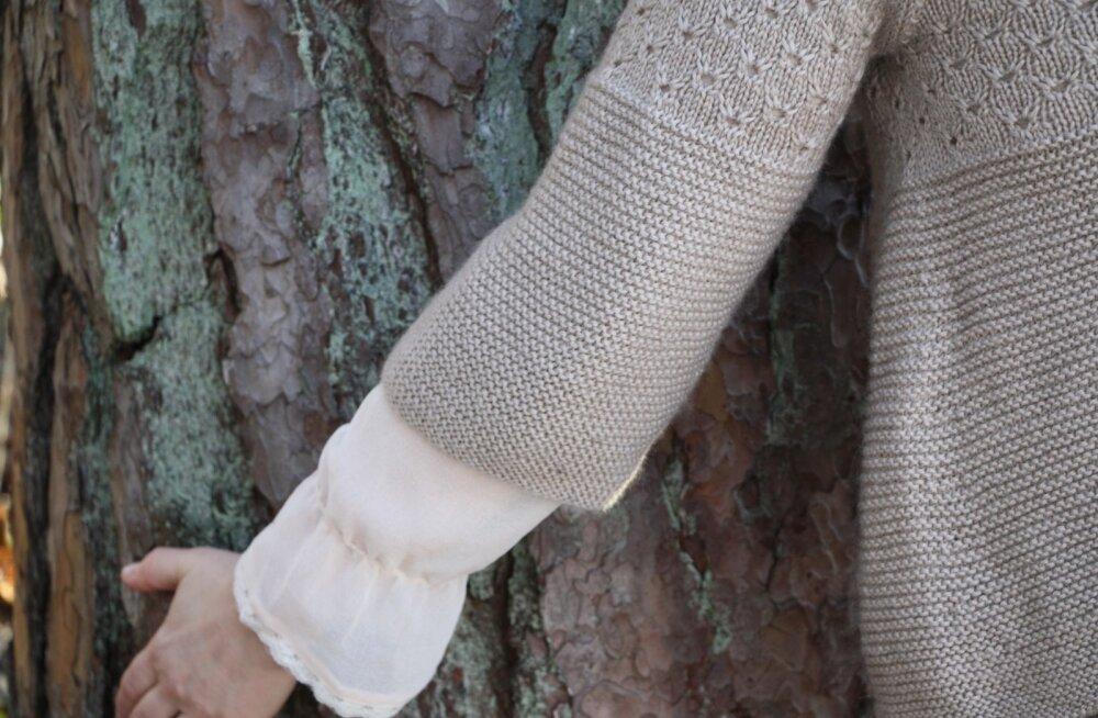 eaea2352ca2 Suvisele kudumile võib teha kolmveerandvarrukad, nii saab kudumi alla  sättida pitsilise pluusi ning kõik see