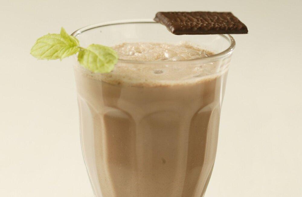 Коктейль груша в шоколаде — полезно и вкусно!