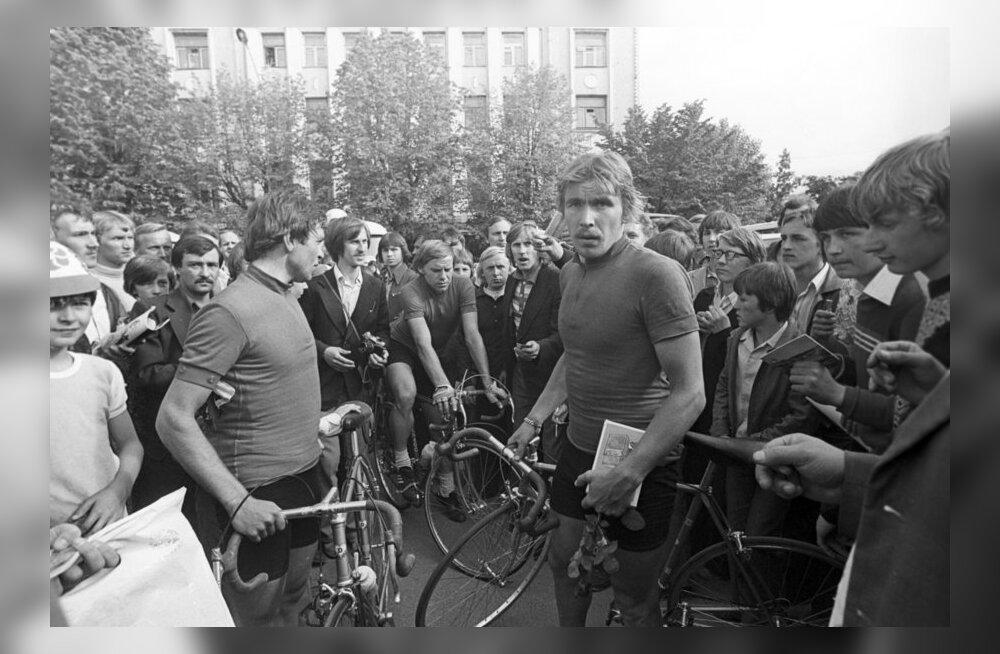 Aavo Pikkuus 1978. aasta Rahutuuril, jalgratas