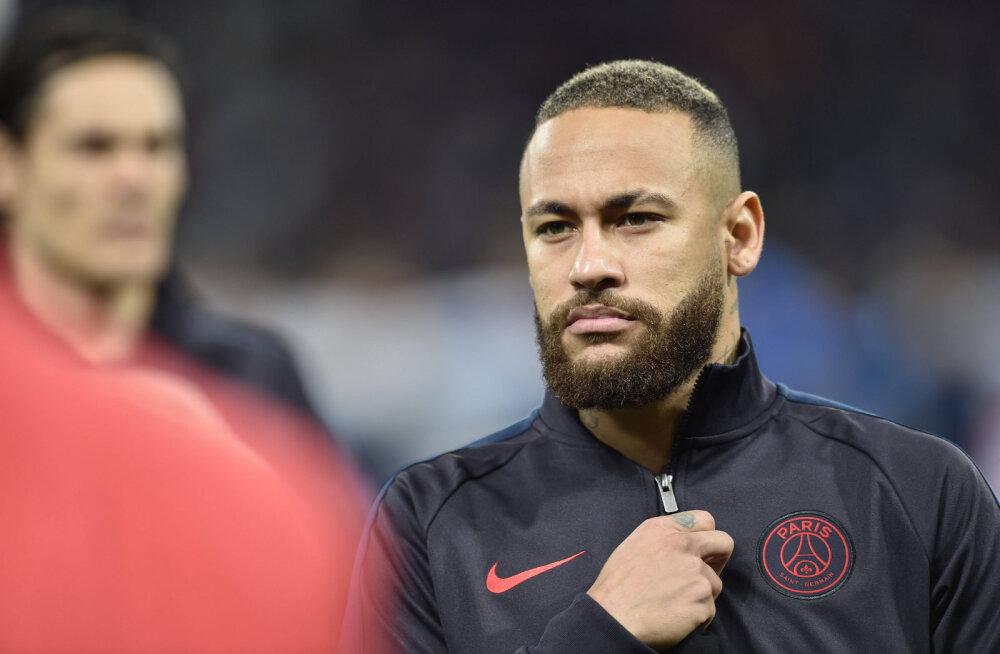 Kirgede torm: jalgpallitähe Neymari ema jättis 23-aastase poiss-sõbra maha, sest tal oli varasemalt suhteid teiste meestega