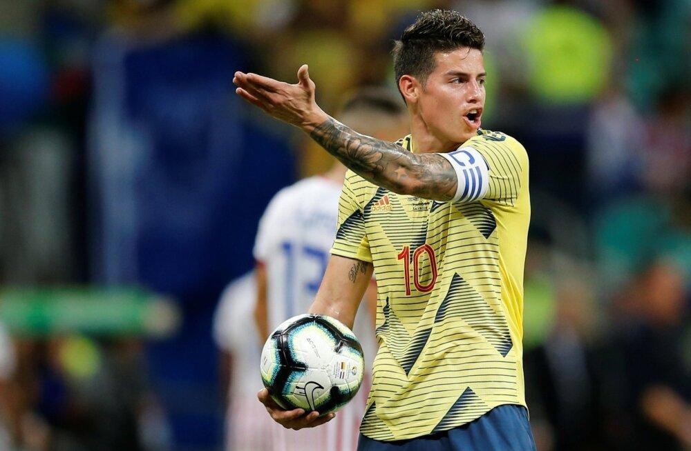 James Rodriguez Kolumbia koondise särgis Copa Americal.