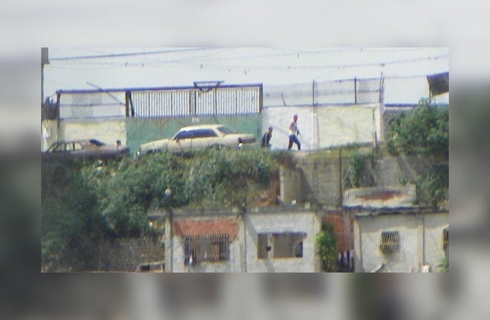 VIDEO | Venetsueela pealinnas leidsid aset tulevahetused