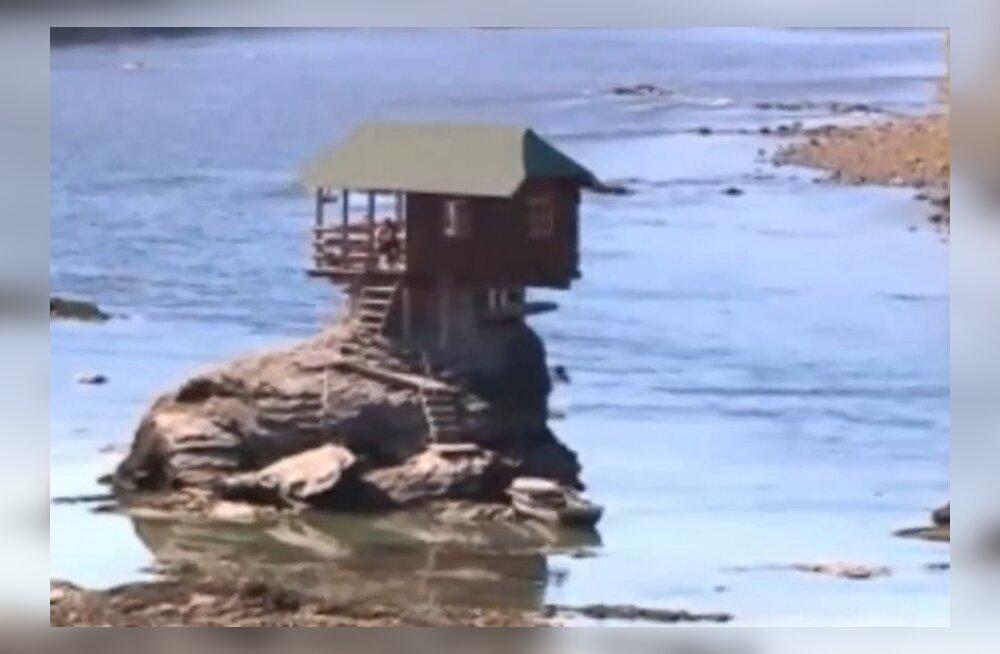 """VIDEO: """"Serbia ime"""": maja kivil, keset jõge!"""