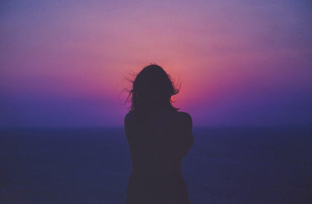 Psühholoogiline nõustaja jagab lihtsa nipi, kuidas saaksime kohalolu täielikult tunda ja selles elada