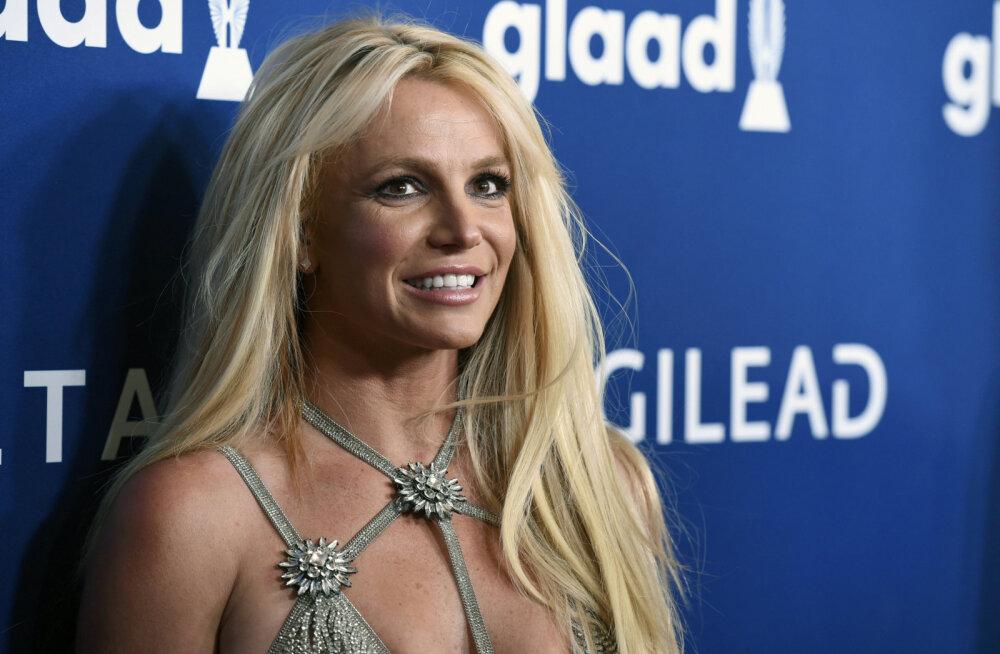 Britneyt ei olegi vaja päästa! Staar kontrollib ise oma sotsiaalmeedia kontosid