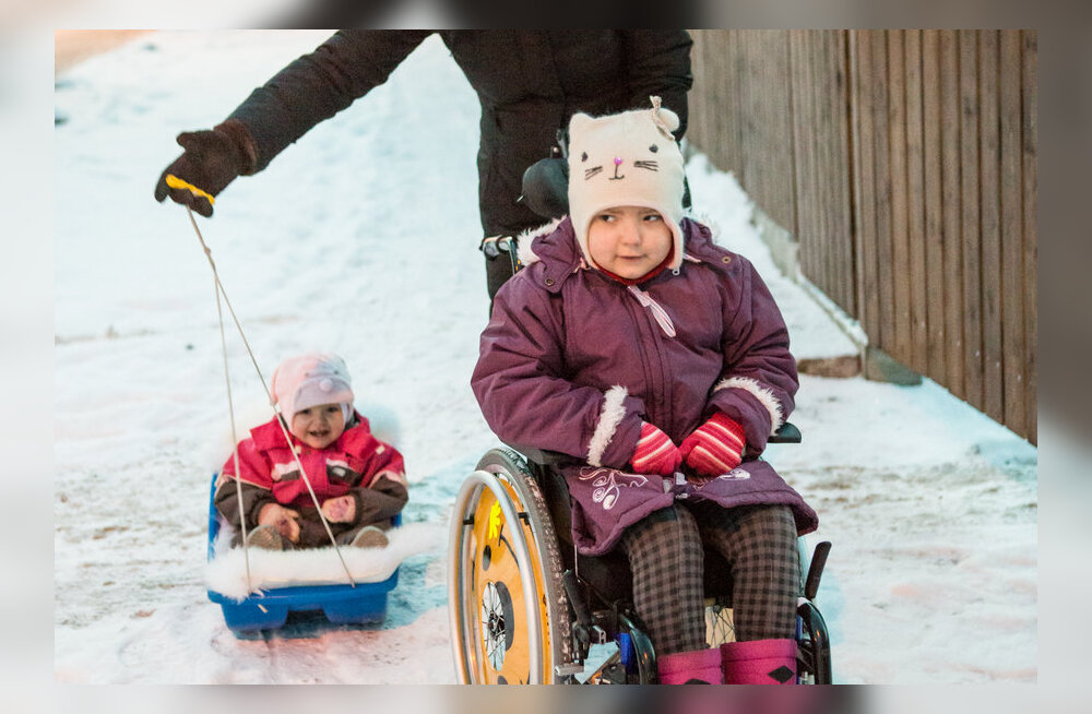 Ministeeriumi meelemuutus annab vähihaigete laste vanematele hooldushüvitise