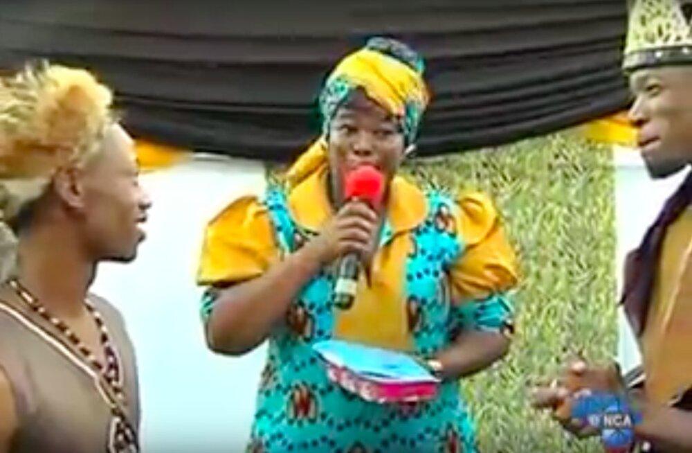 """VIDEO: Esimene """"traditsiooniline"""" Aafrika geipulm!"""