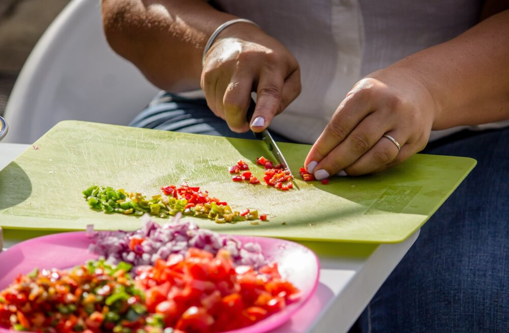 Ülilihtne häkk, mida kasutades valmib õhtusöök mitu korda kiiremini ja toidu raiskamine väheneb märgatavalt