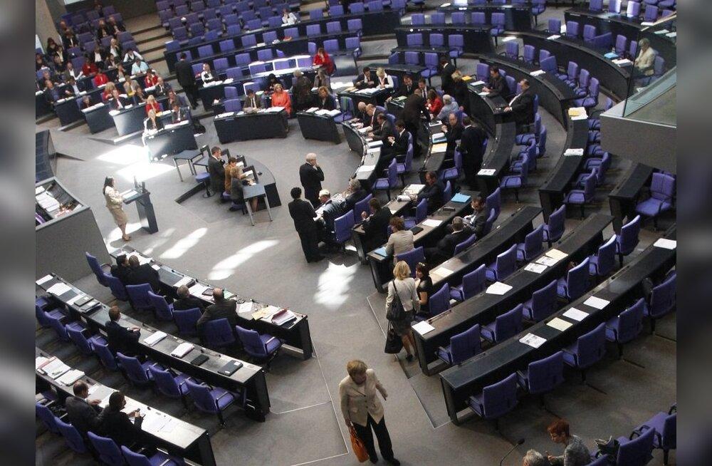 Saksamaa parlament kiitis Euroopa päästefondi laiendamise ülekaalukalt heaks