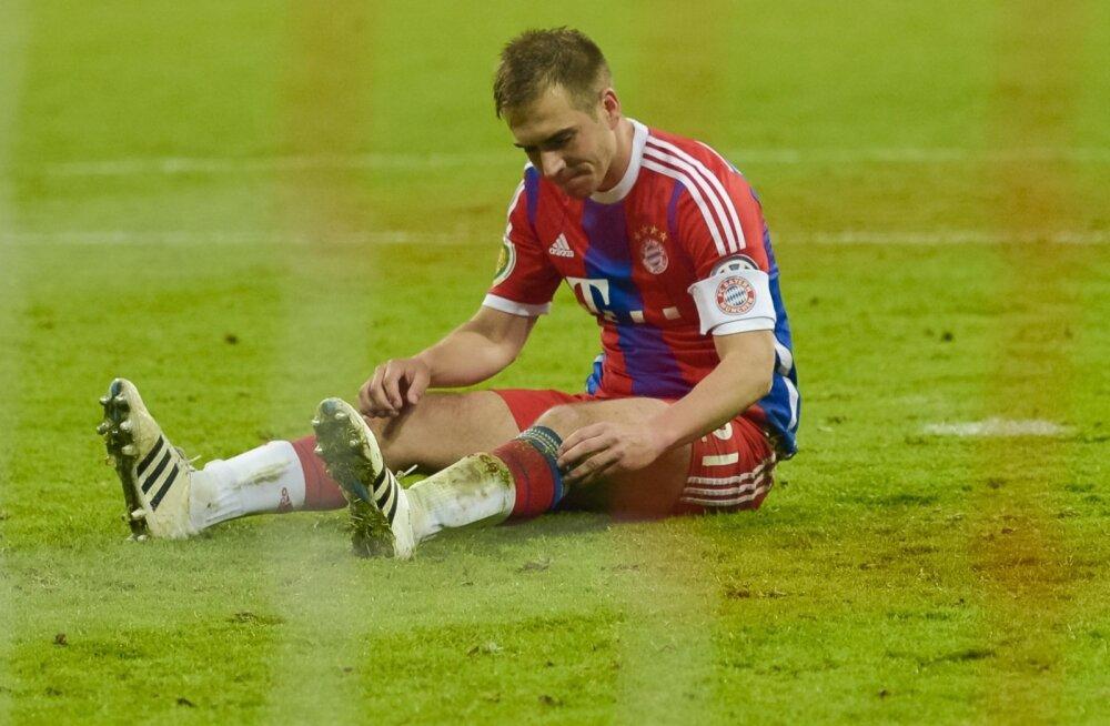 Philipp Lahm libastus penaltilöögil murule istuli