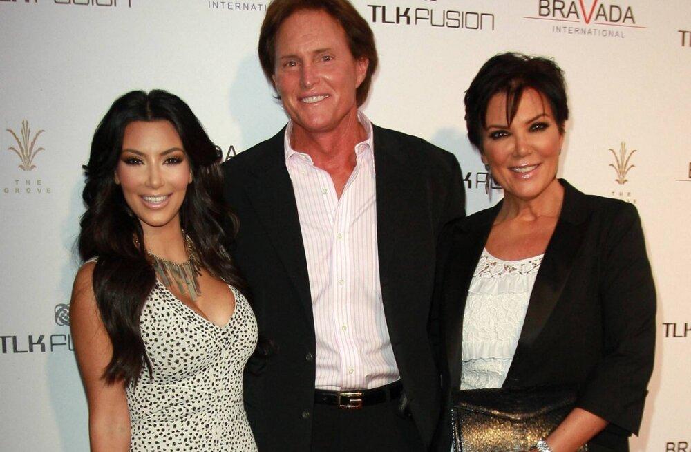 Kardashianide tüli sugu vahetanud kasuisaga võtab uuesti tuure üles: Caitlyn Jenner väidab, et kogu tõsielusari on tänu temale menukas