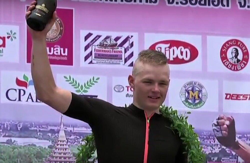 Martin Laas Tai velotuuril võitjana poodiumil