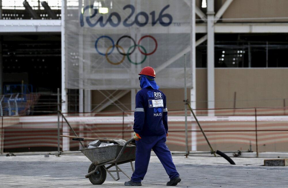 Rio olümpia ujula ehitus graafikust maas, testvõistlus viiakse mujale