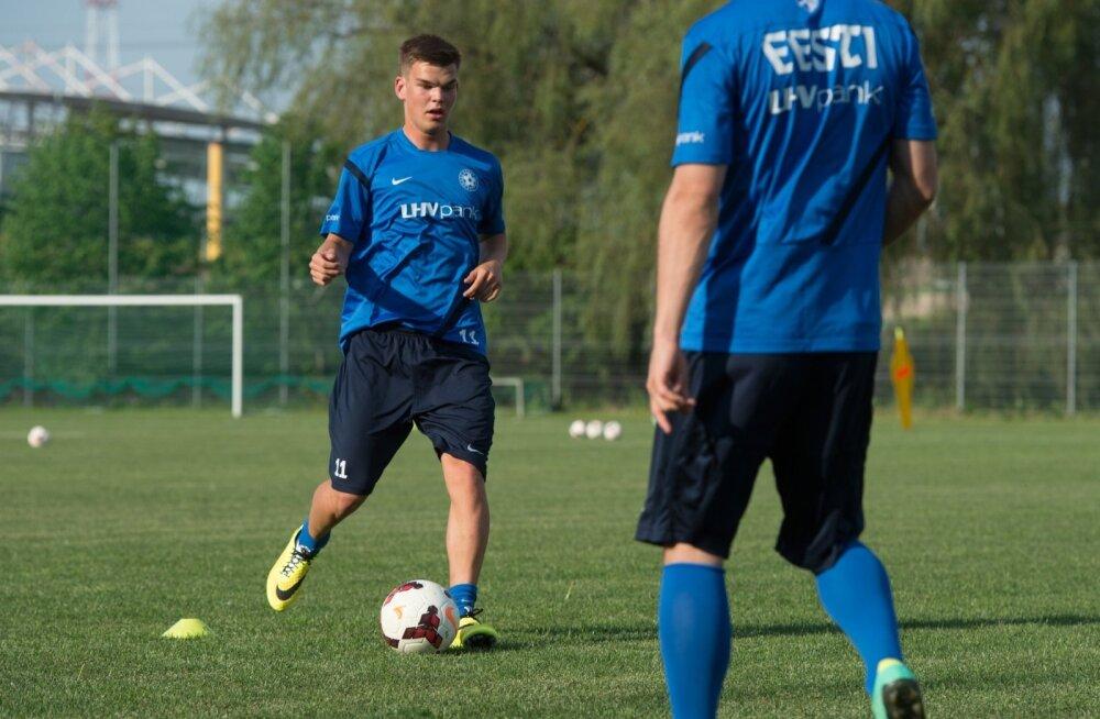 Eesti jalgpallikoondise trenn, Andres Oper, Frank Liivak