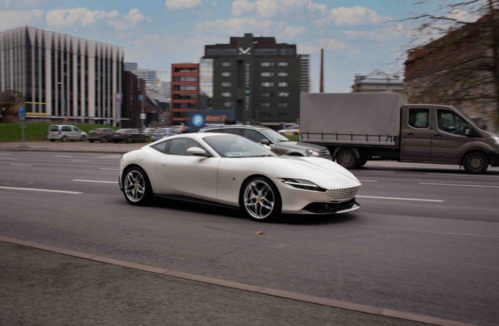 199 933 eurot - Ferrari hakkab Eestis maailma ilusaimat autot müüma