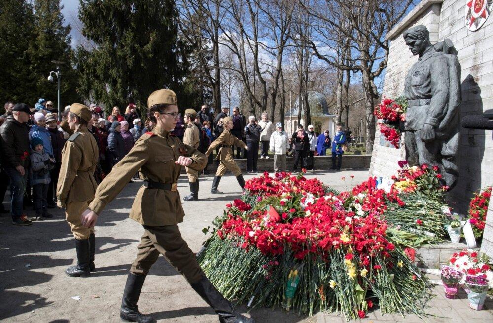 9. mai tähistamine Pronkssõduri juures