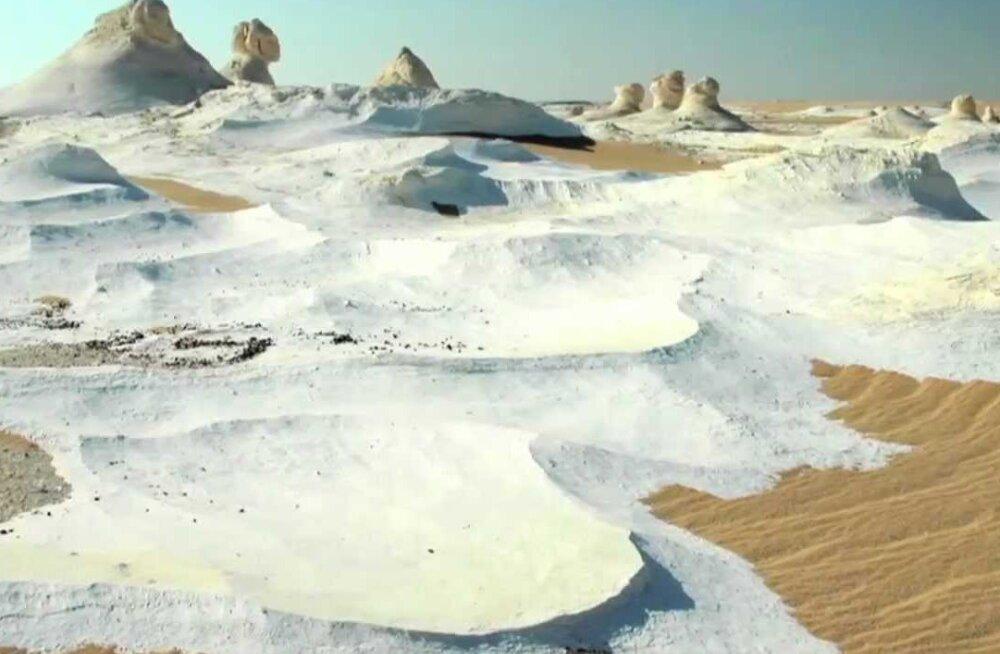 Sahara kõrbes sadas üle 37 aasta lund ja see jäi isegi maha