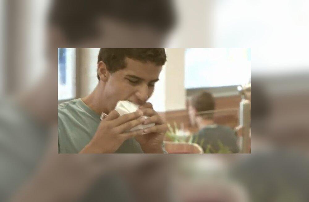 VIDEO: Burgerid nüüd ka söödava paberi vahel!
