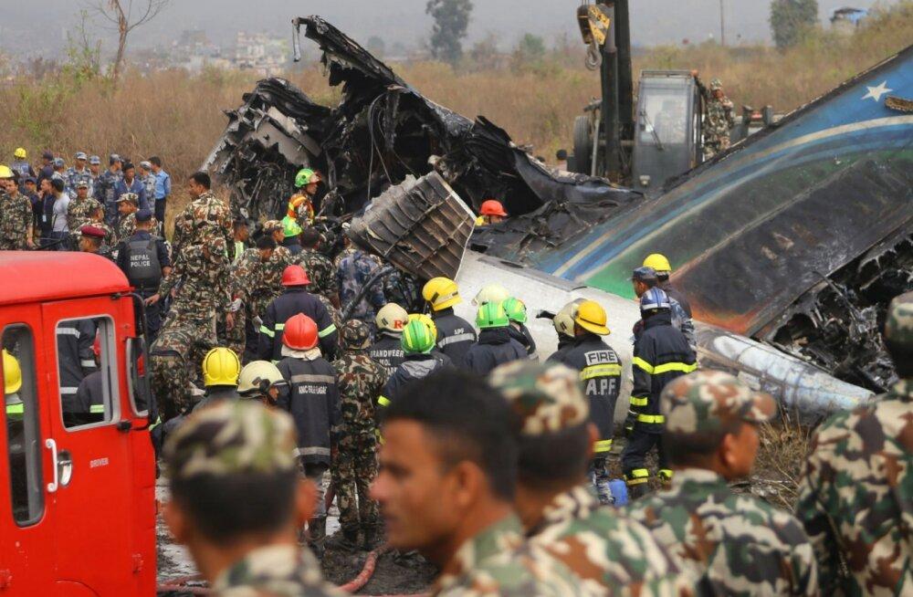 FOTOD | Õnnetus Nepalis: lennuk saabus maandumisrajale valelt poolt ja kokkuvõttes hukkus 49 inimest