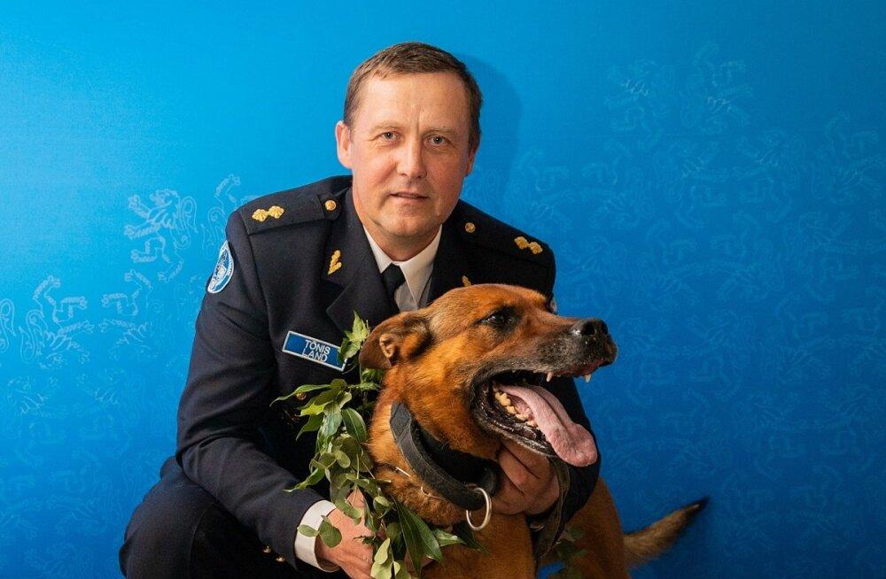 Rotary klubi pidas tänavu parimaks koerajuhiks Põhja prefektuuri vanemkoerajuhti Tõnis Landi, parima teenistuskoera tiitel läks ta ustavale kolleegile Nikile.