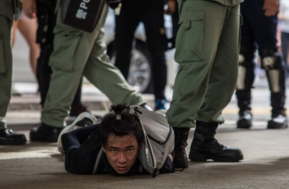 Hongkongi uue julgeolekuseaduse kehtimise esimesel päeval on juba vahistatud kümneid inimesi