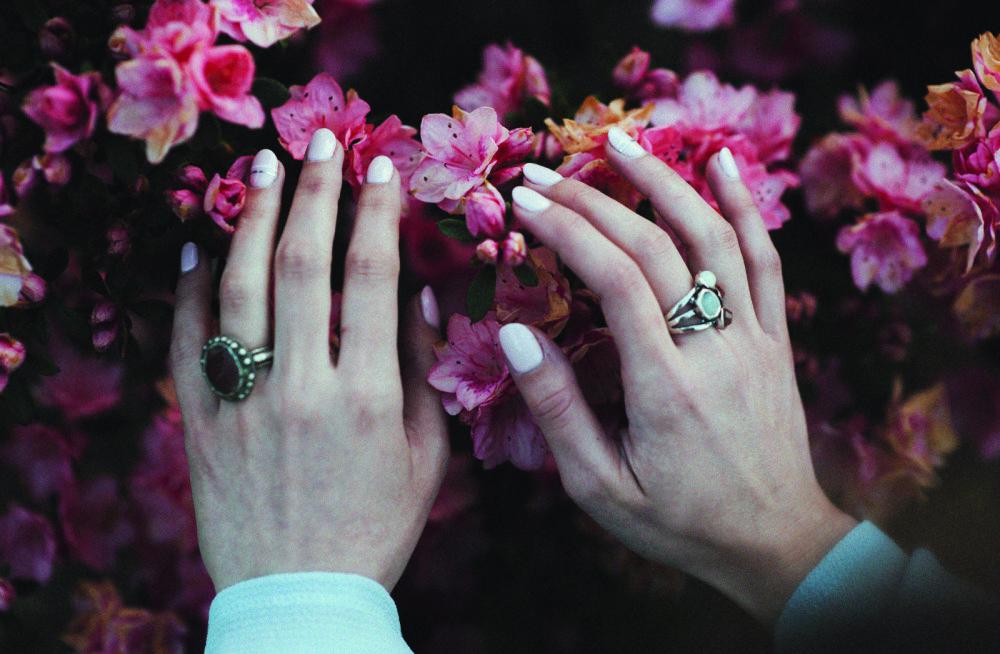 Käed on sinu visiitkaart! Küünehoolduse A ja O ehk kõik, mida pead teadma hoolitsetud küüntest