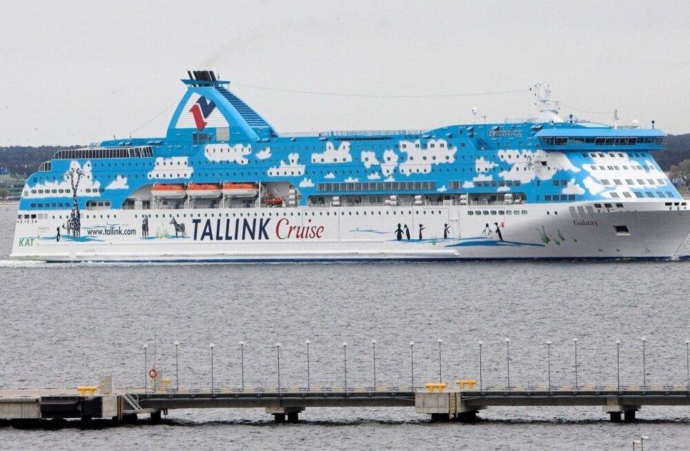 Судно Tallink резко накренилось: пришлось сделать резкий маневр, чтобы избежать столкновения