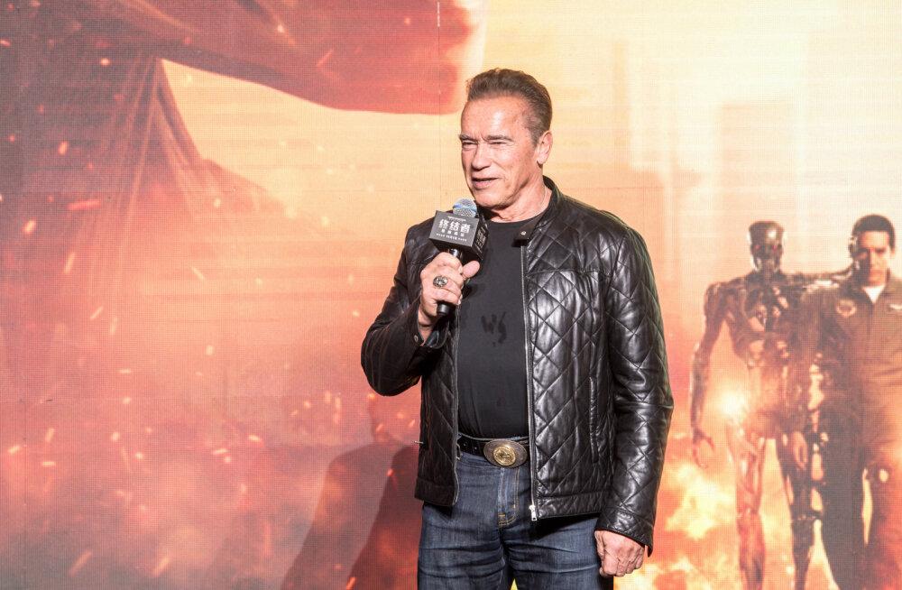 """Arnold Schwarzenegger on sunnitud kodust põgenema: """"Terminatori"""" esilinastus tühistati"""