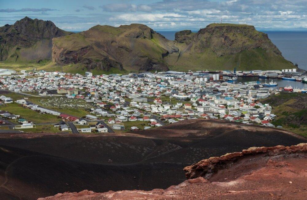 Vaade Vestmannaeyjari linnale