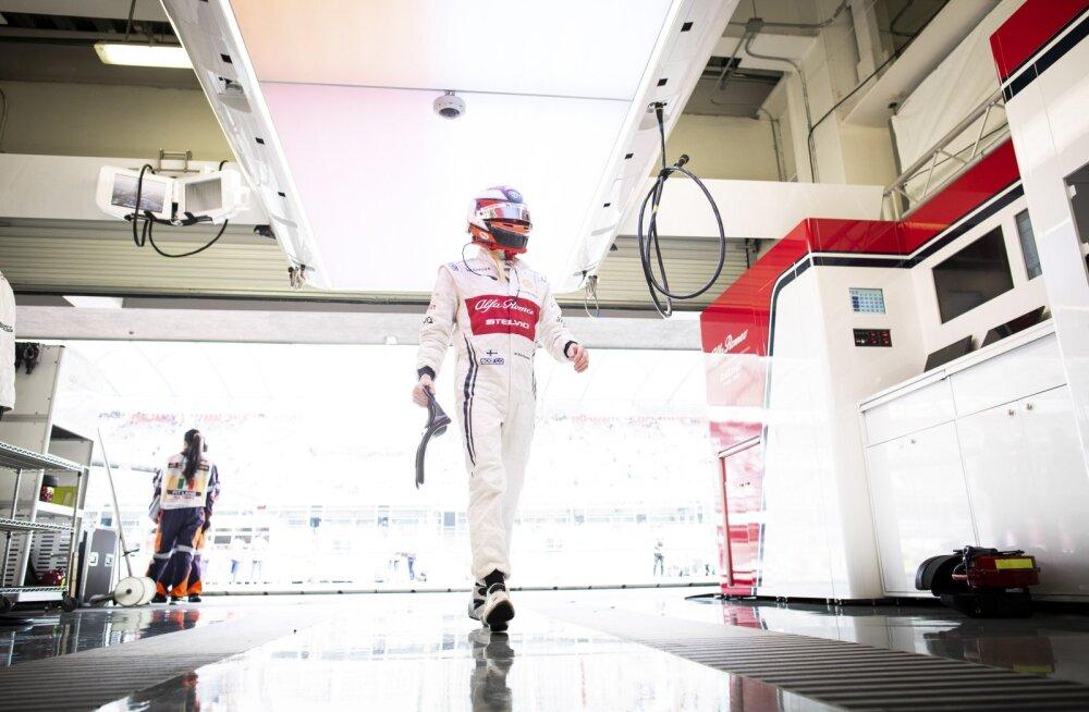 Kimi Räikkönen esimesena punktideta jäämisest: sama hästi võiks juba viimane olla