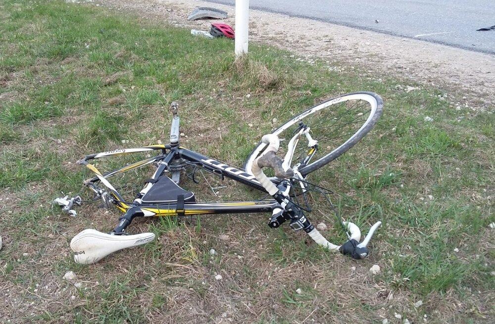 Tartumaal hukkus jalgrattur