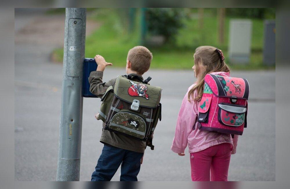 b265149daed Lapsed ja koolFoto: Ilmar Saabas. Pealinna lapsevanemad esitasid Tallinna  ...