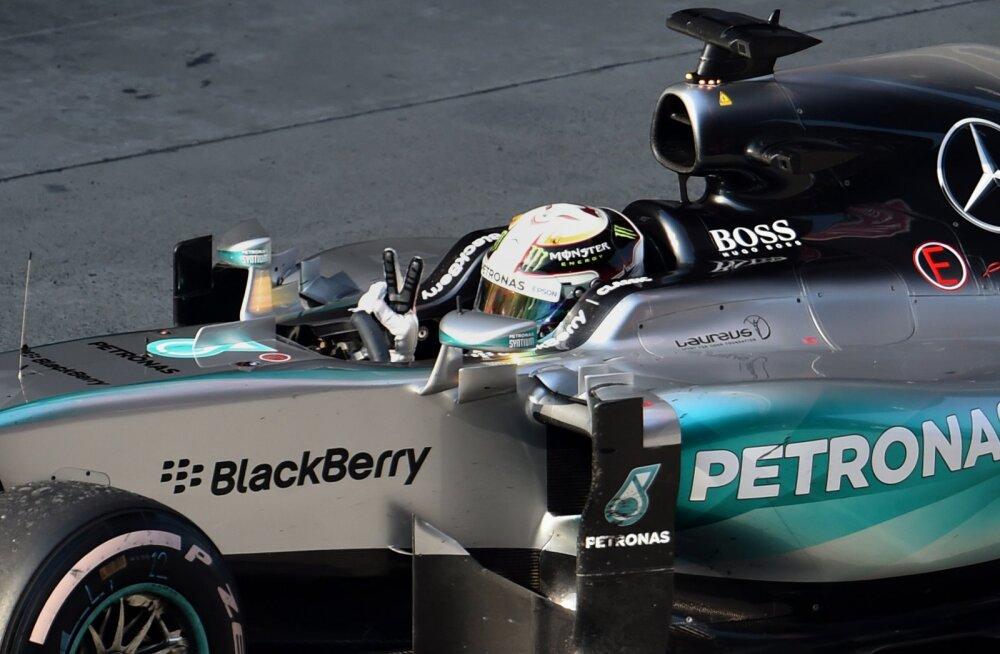 Mercedese salarelv paljastatud: imeline nupp lisab autole võimsust