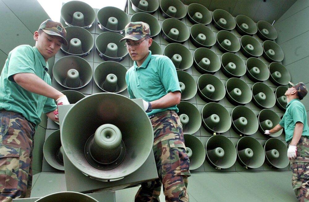 Lõuna-Korea peatas üle piiri Põhja-Koreasse saadetava propaganda