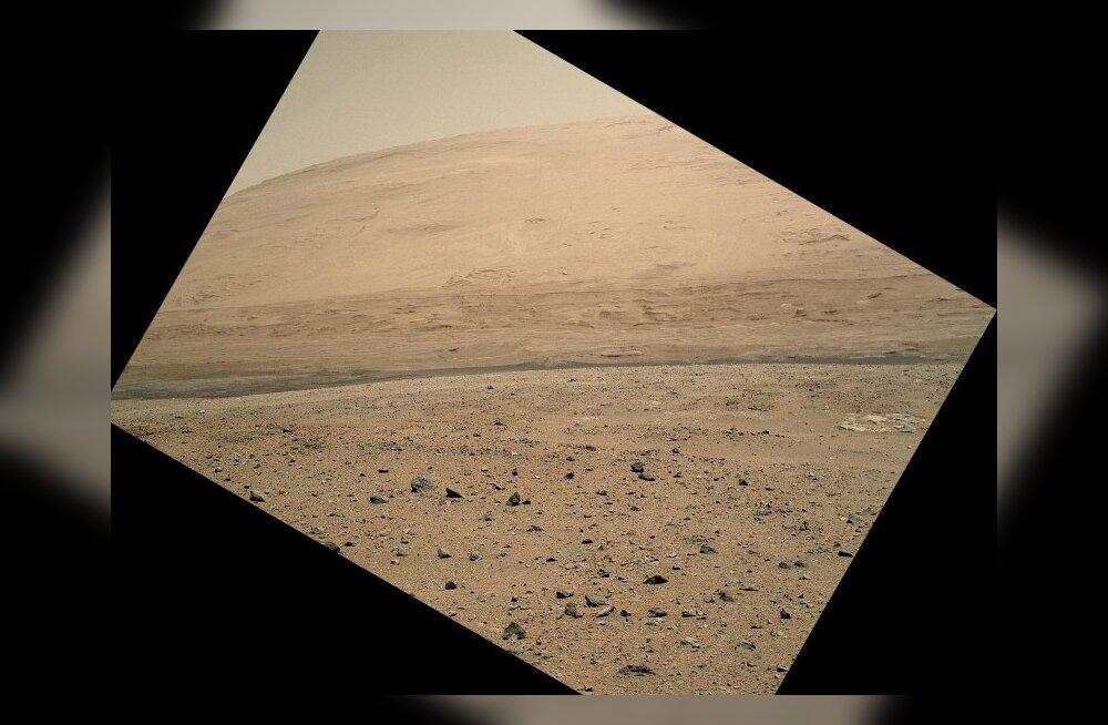 Kulguril Curiosity täitus esimene aasta Marsil; põhieesmärk täidetud