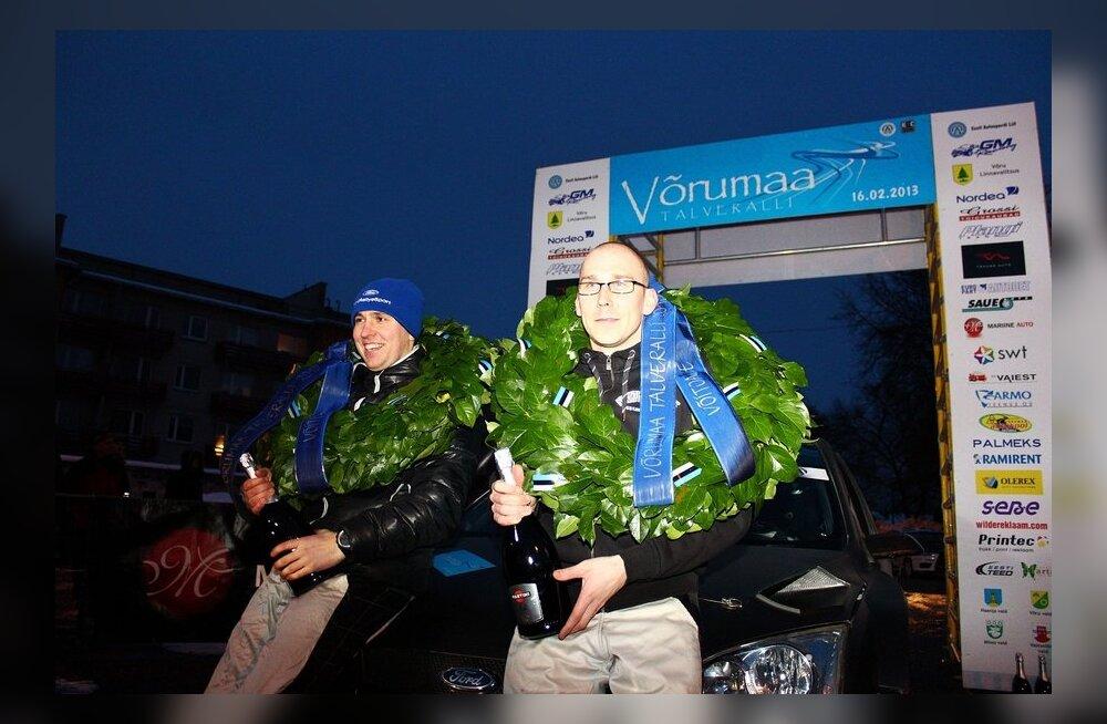FOTOD: Georg Gross krooniti Võrumaa Talveralli meistriks!