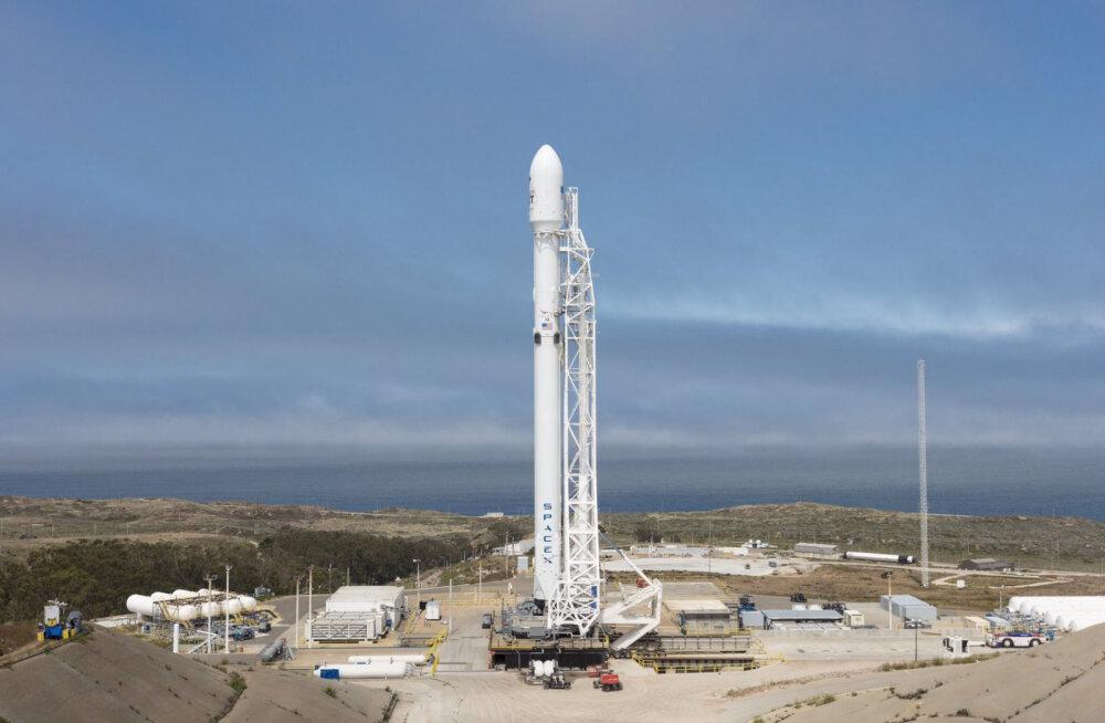 SpaceX впервые в своей истории запустила две ракеты со спутниками за два дня