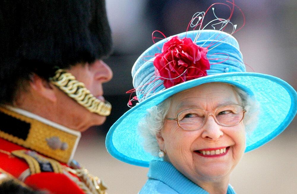 Шутки по-королевски: 10 историй, в которых Елизавета II продемонстрировала отличное чувство юмора