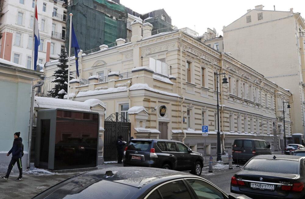 Venemaa saadab välja kaks Hollandi diplomaati