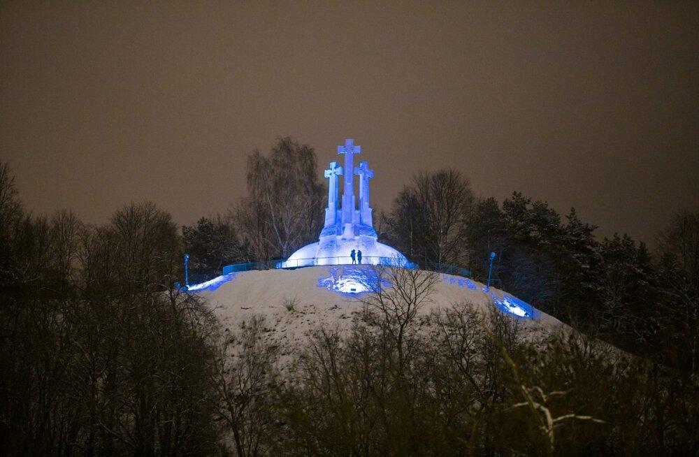 Imeilus tervitus lõunanaabritelt: Eesti 100. sünnipäeval värvub Vilnius sinimustvalgeks