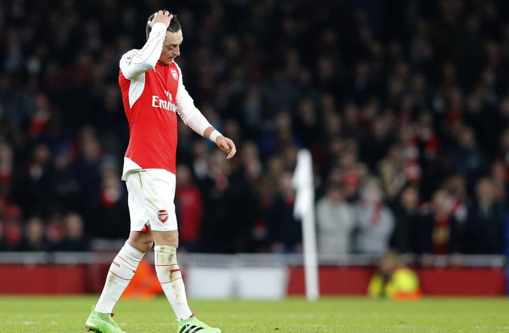 Pettunud Mesut Özil (Arsenal)