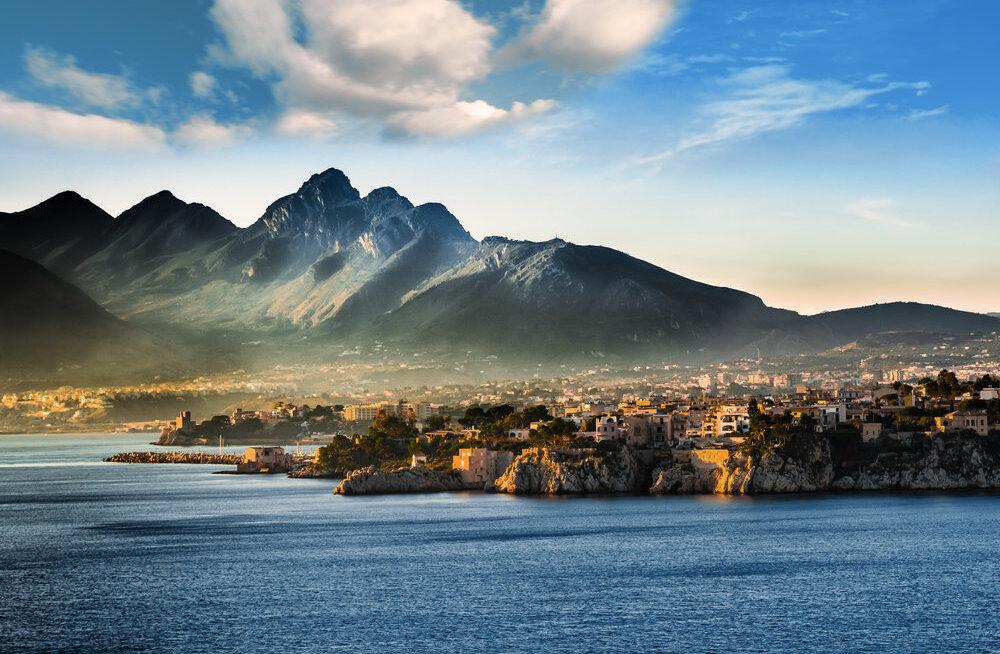 <div>Reisidiilid.ee nädala superpakkumised: Lõuna-Itaalia 54€, Sitsiilia 80€, reis ümber maailma 693€!</div>