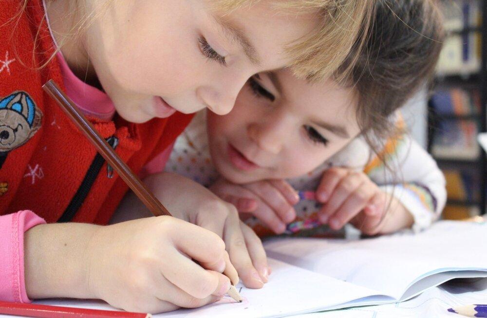 Первый раз в первый класс. Выбираем школу: высокие требования или человеческий подход?